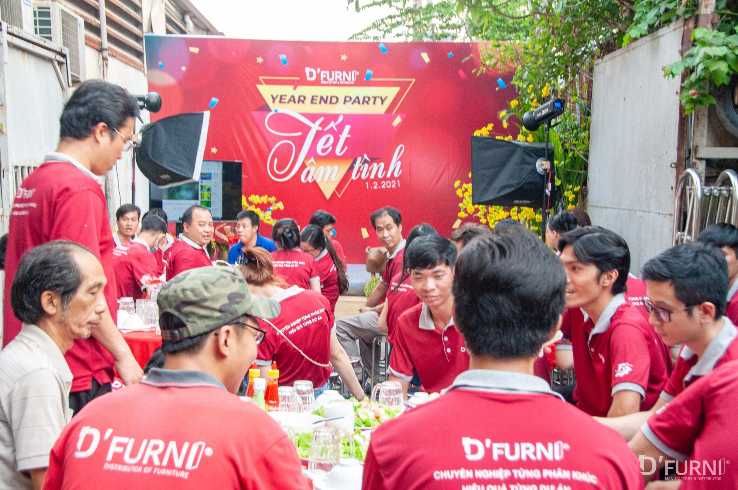 Giỗ Tổ và Year End Party DFURNI